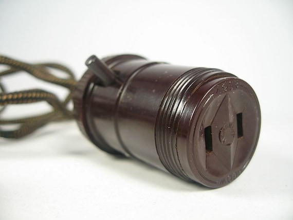 plug cloth cord light lamp socket. Black Bedroom Furniture Sets. Home Design Ideas