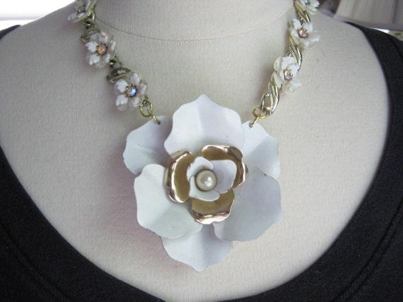 Statement Necklace, Wedding Necklace, White, Vintage Enamel Flower, Thermoset, Rhinestones, OOAK, Flower Power - Vintage Bride