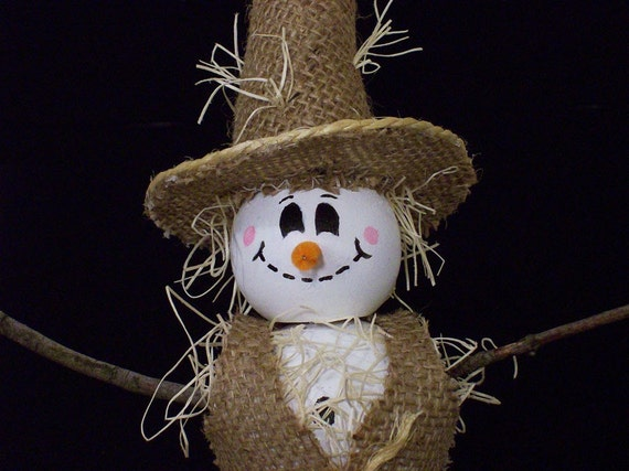 Halloween Scarecrow Wooden Snowman Decoration with Burlap Hat and Vest