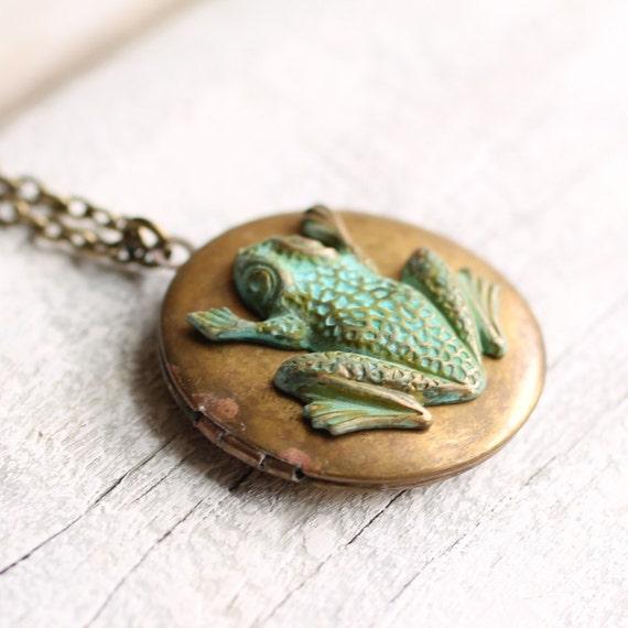 Frog Locket ... Verdigris Vintage Locket with Garden Toad Woodland Pond Lake