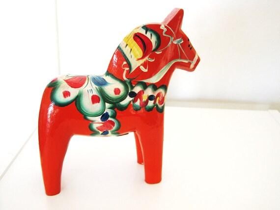 hand painted Swedish Dala horse