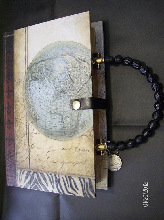 World Globe Flur de lis Vintage style Book Purse