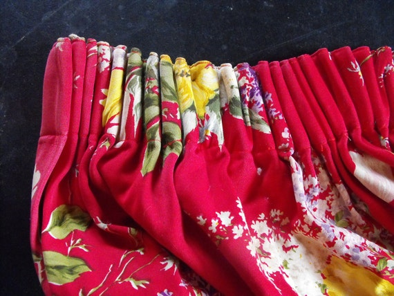 French Vintage 1960's Floral Print RED Draps a Pair Huge in size