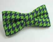 Green and Navy Houndstooth Pre Tied Bow Tie with Adjustable Neckstrap - Matching Suspenders Available