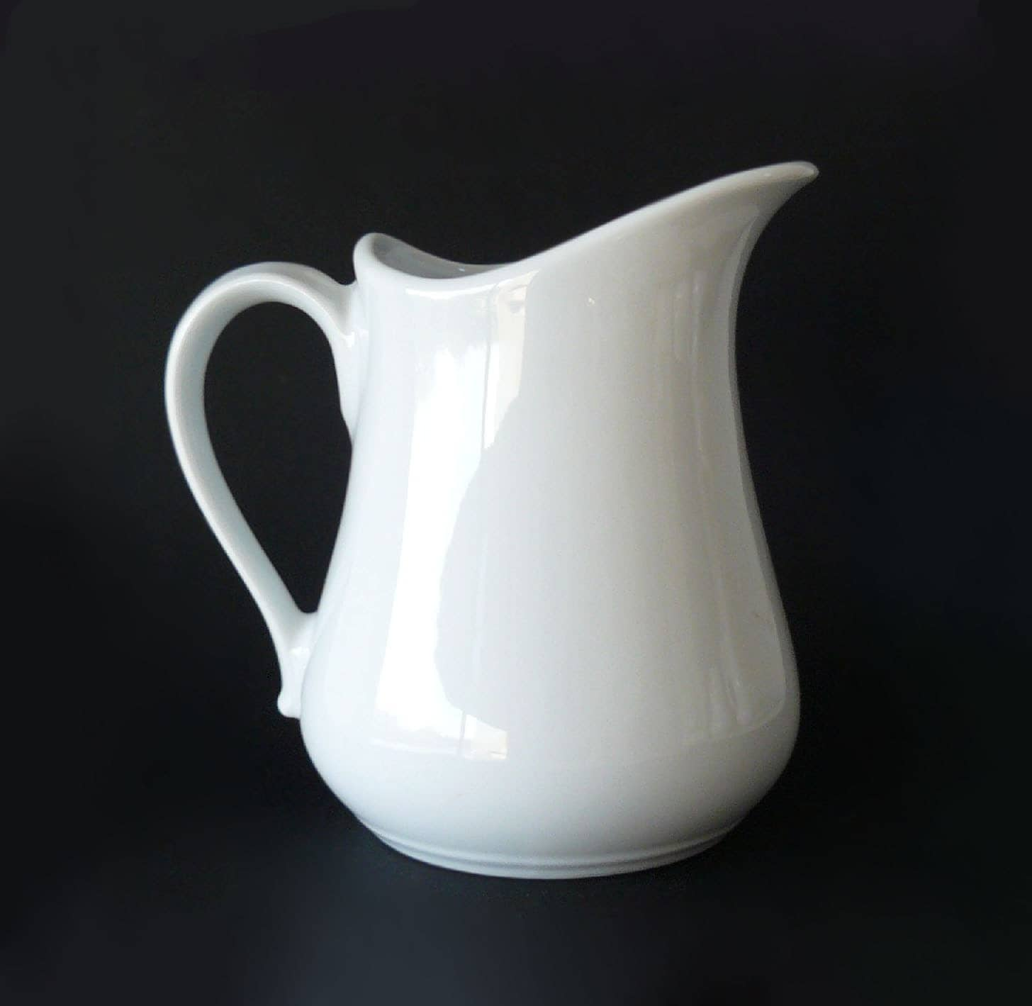 Apilco White Porcelain Large Serving Pitcher Made In France 32