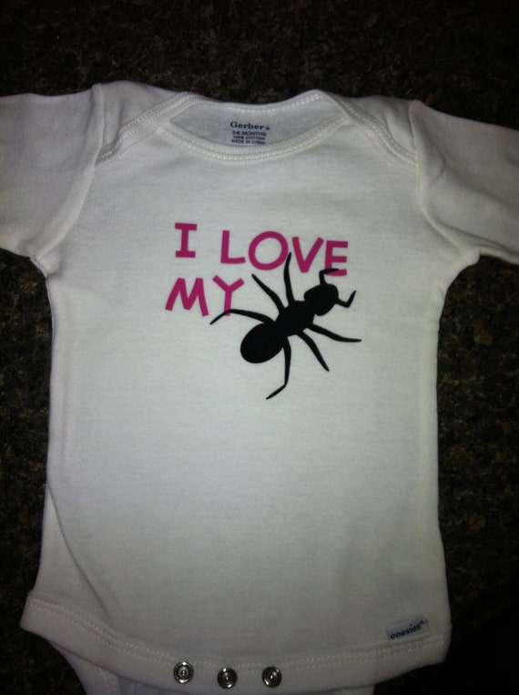 i love my aunt onesie ant picture