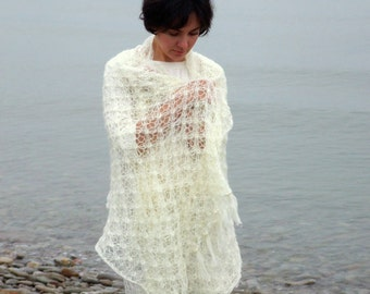 Bridal knitted shawl in ivory white  - made to order