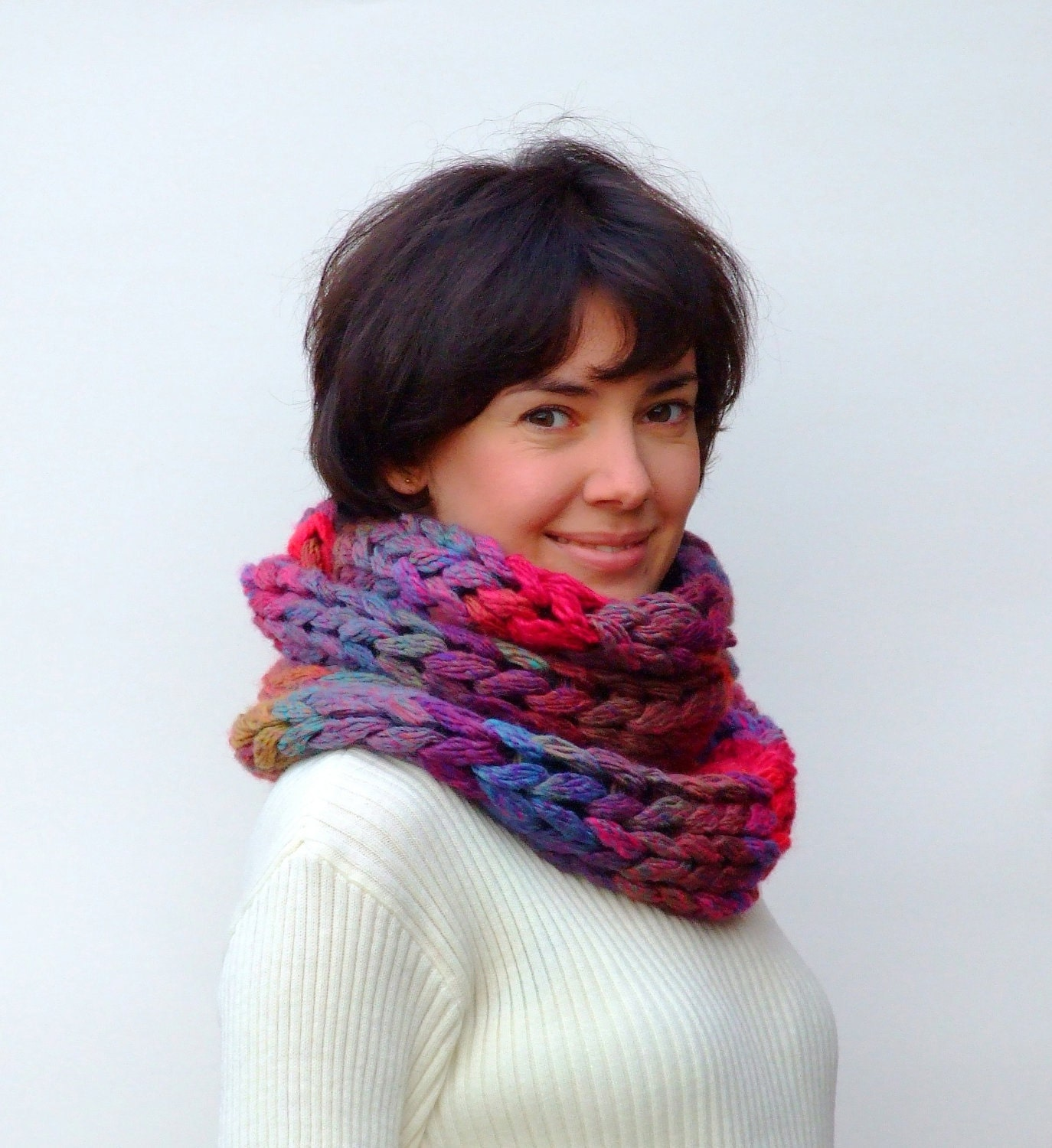 Knitting Chunky Scarves : Chunky infinity knit scarf cowl