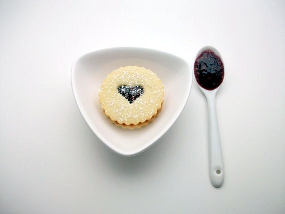 Natural & Organic Gourmet Raspberry Linzer Cookies (12 count) As seen on Babiekin Magazine.