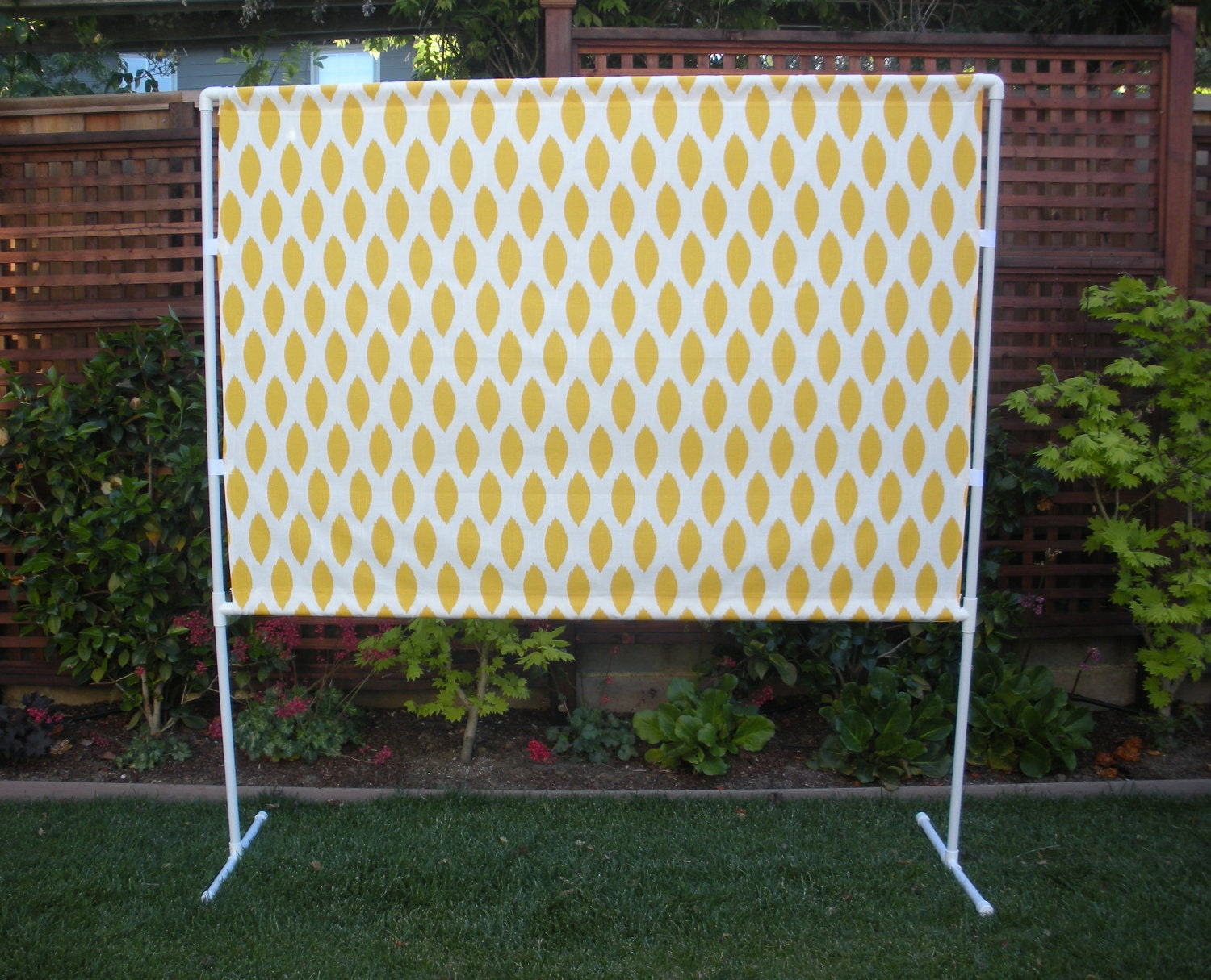 Yellow And White Photo Booth Backdrop By Funonastick On Etsy