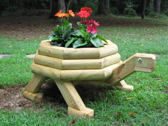 Unavailable listing on etsy for Wooden garden planter designs