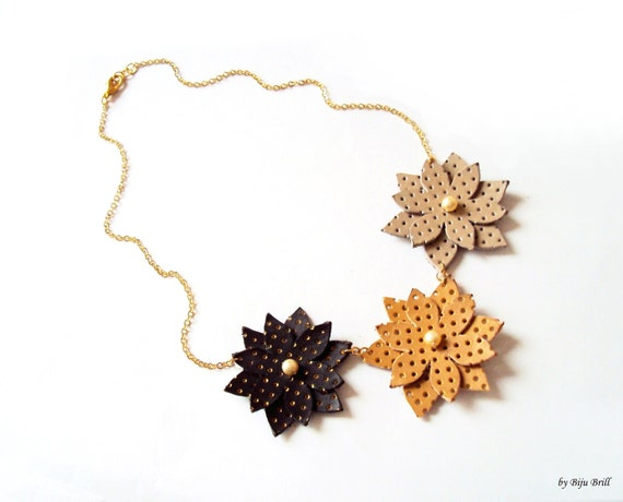 Nude Leather Flowers Necklace Honey Cream with Pearls, Gold Plated Chain, Leather Jewelry