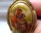 Beautiful Victorian Cameo Costume Ring