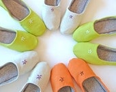 Travelling Slippers, Green FOR SOPHIESCLOSET