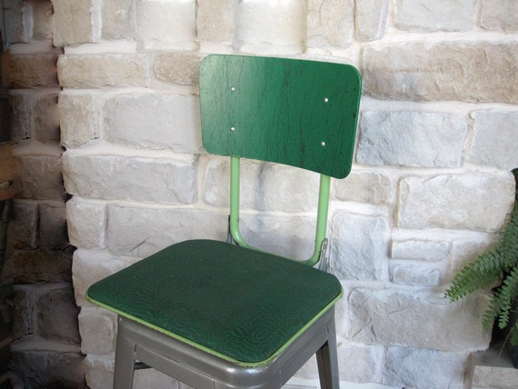 Mid Century Stadium Boat Booster Seat Chair Spatter Paint