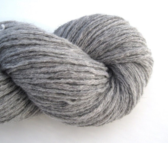 Recycled Wool Yarn, Worsted, Merino and Shetland Blend, 230 Yards, Gray
