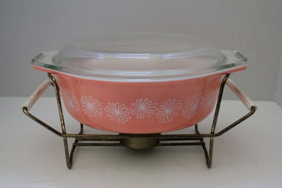 Pink Pyrex with White Daisies Casserole Baking Dish with Brass Carrier Caddy