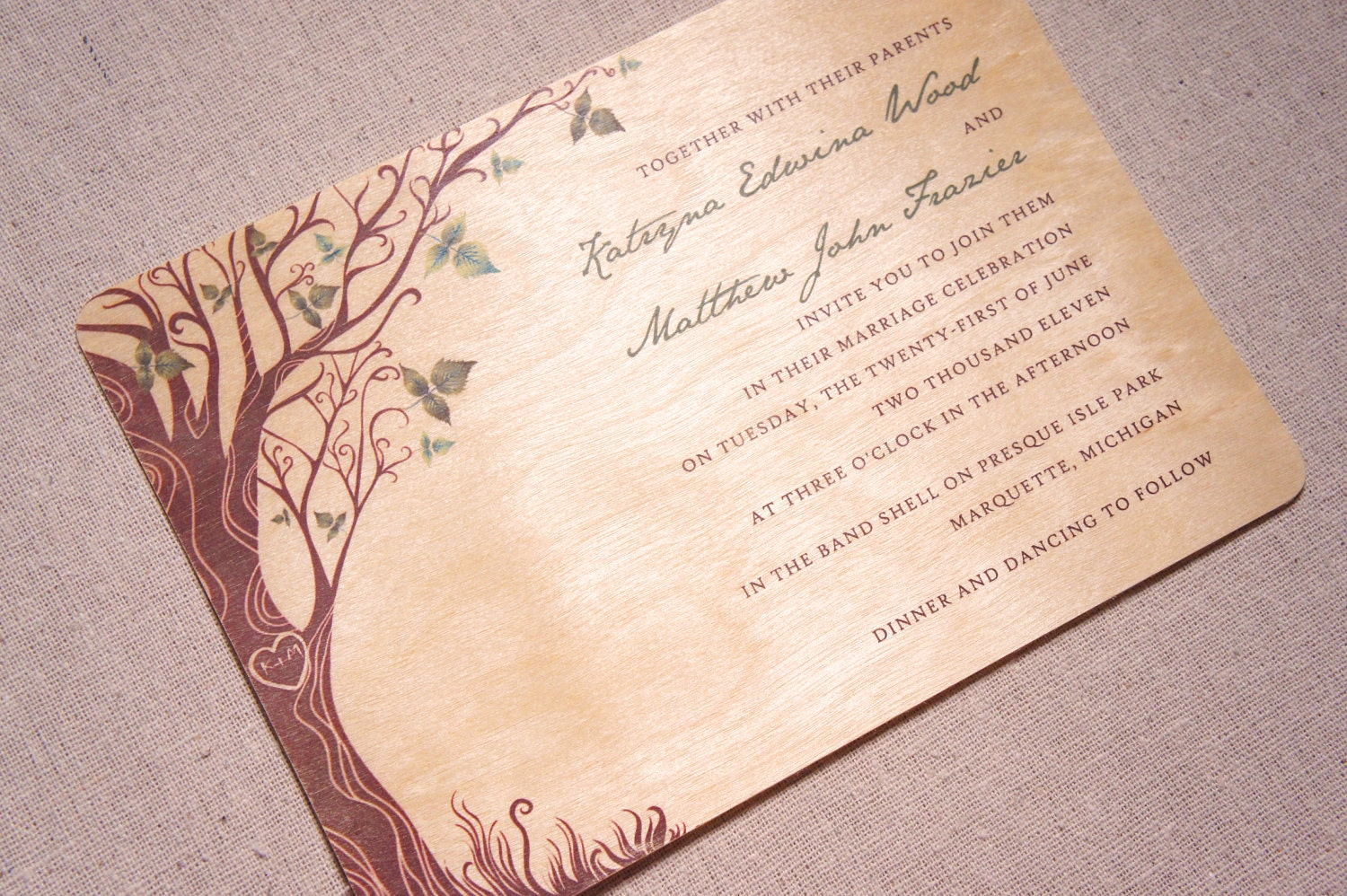 Tree Wedding Invitation: Unique Wedding Invitations On Real Wood By