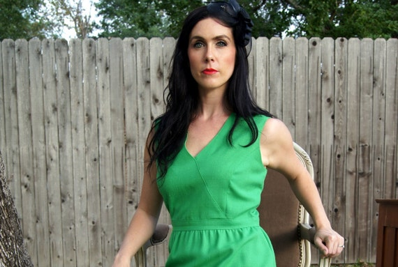 Vintage Kelly Green Empire Waist Dress