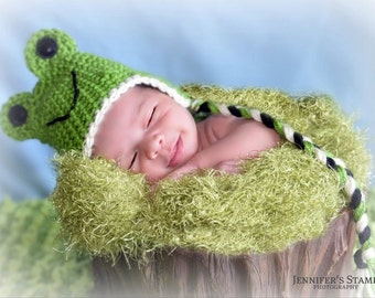 Frog Hat and Diaper Cover