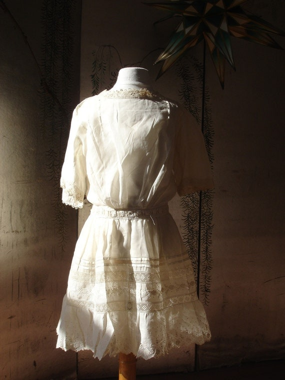 Early 1900's  Victorian Child's Dress