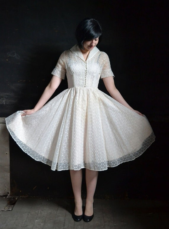 1950's White Organza Embroidered Summer Day Dress