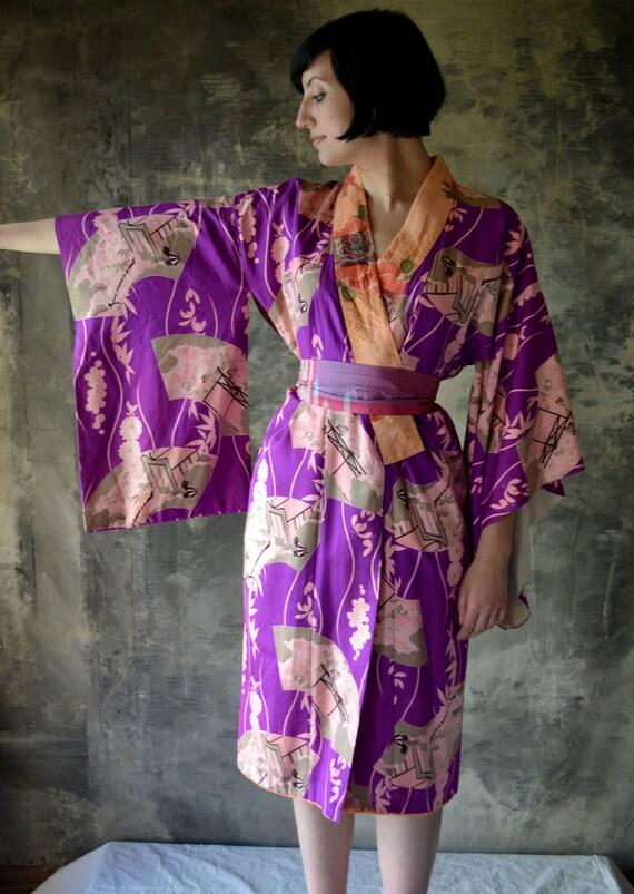 1940's WWII Era Violet Silk Kimono