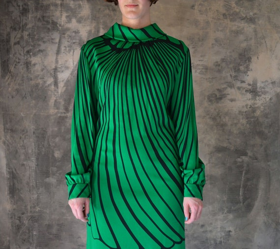 1970's Bold  Emerald Green Butterfly Wing Tunic