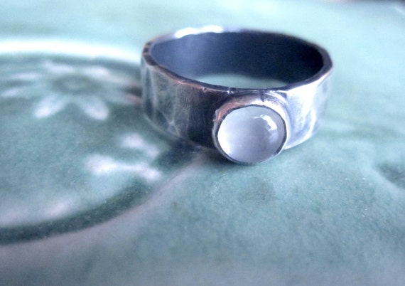 Hammered silver band ring with moonstone - your size