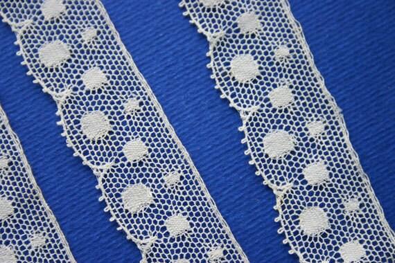 Vintage Lace Trim - Ivory Spots