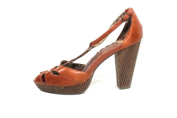 Reserved for AlyxandreaRose SEYCHELLES Brown Wooden Heels size 9
