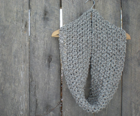 womens infinity knit cowl scarf // grey marble