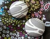 Teacake - Button Earrings
