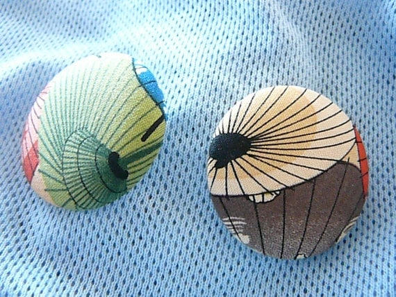 Umbrella3 - Button Earrings