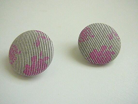 Medium Button Earrings