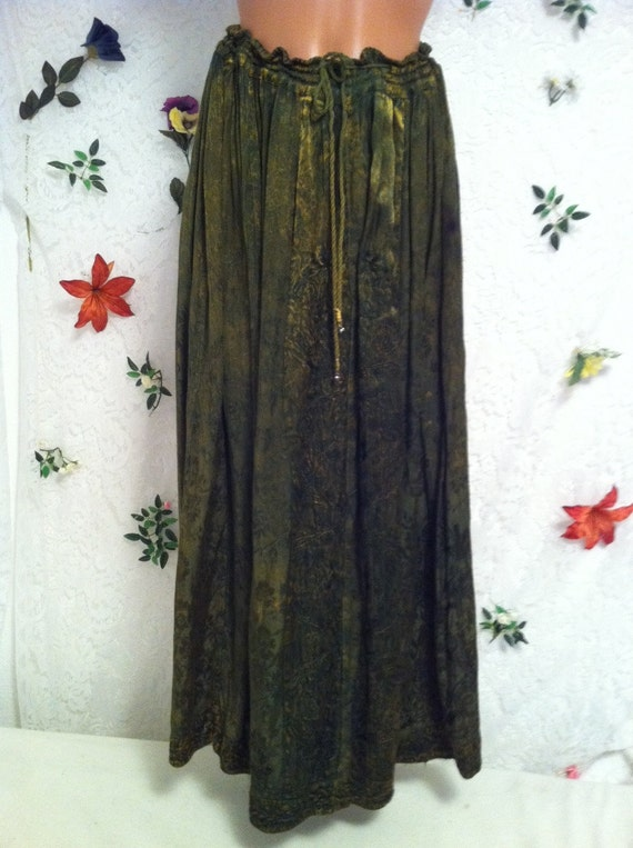 Embroidered Skirt, Open Size