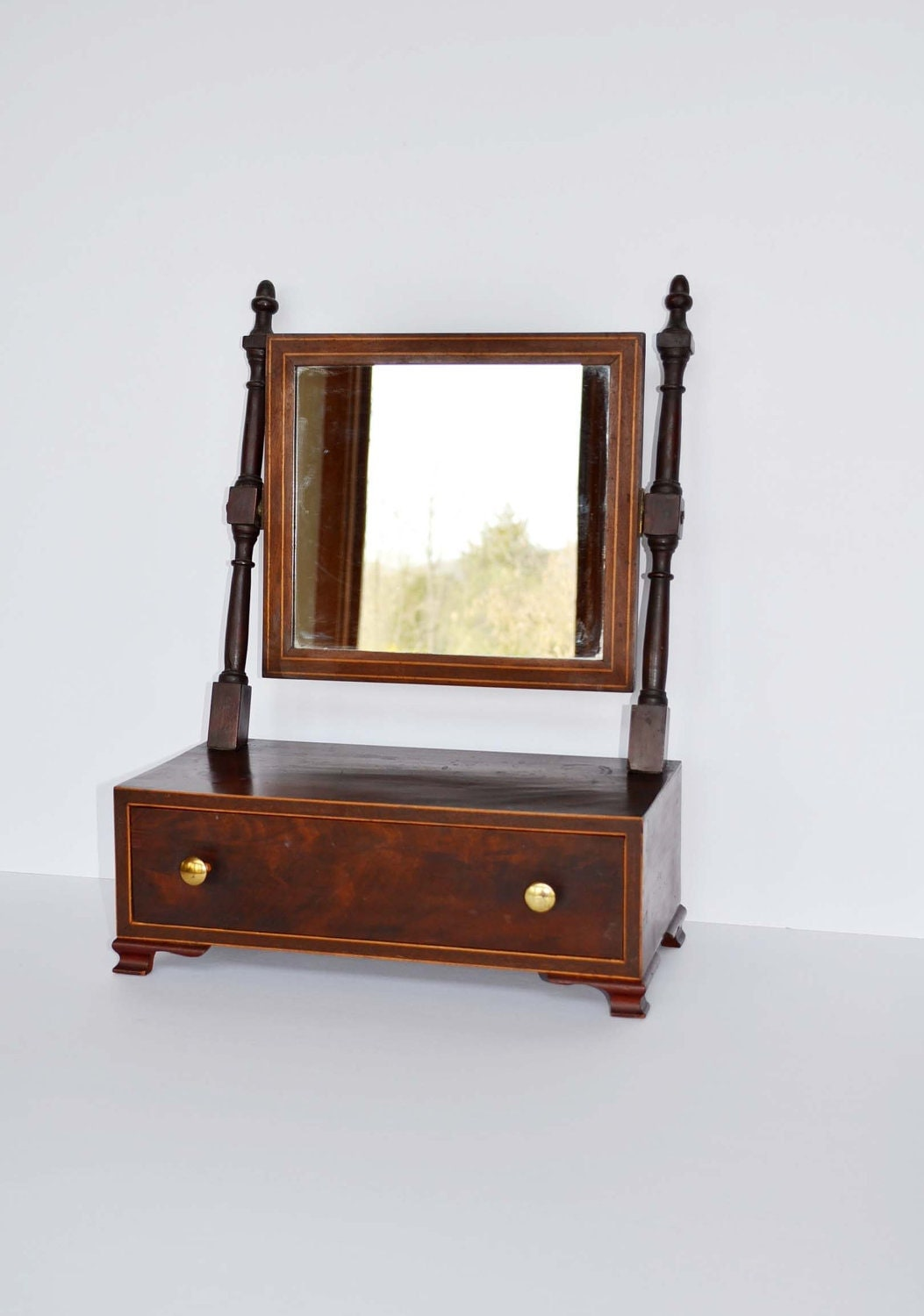 Reserved antique shaving mirror for Shaving mirror
