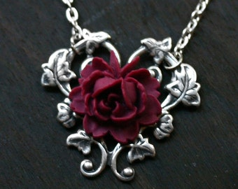 Red Rose Necklace - Alice in Wonderland