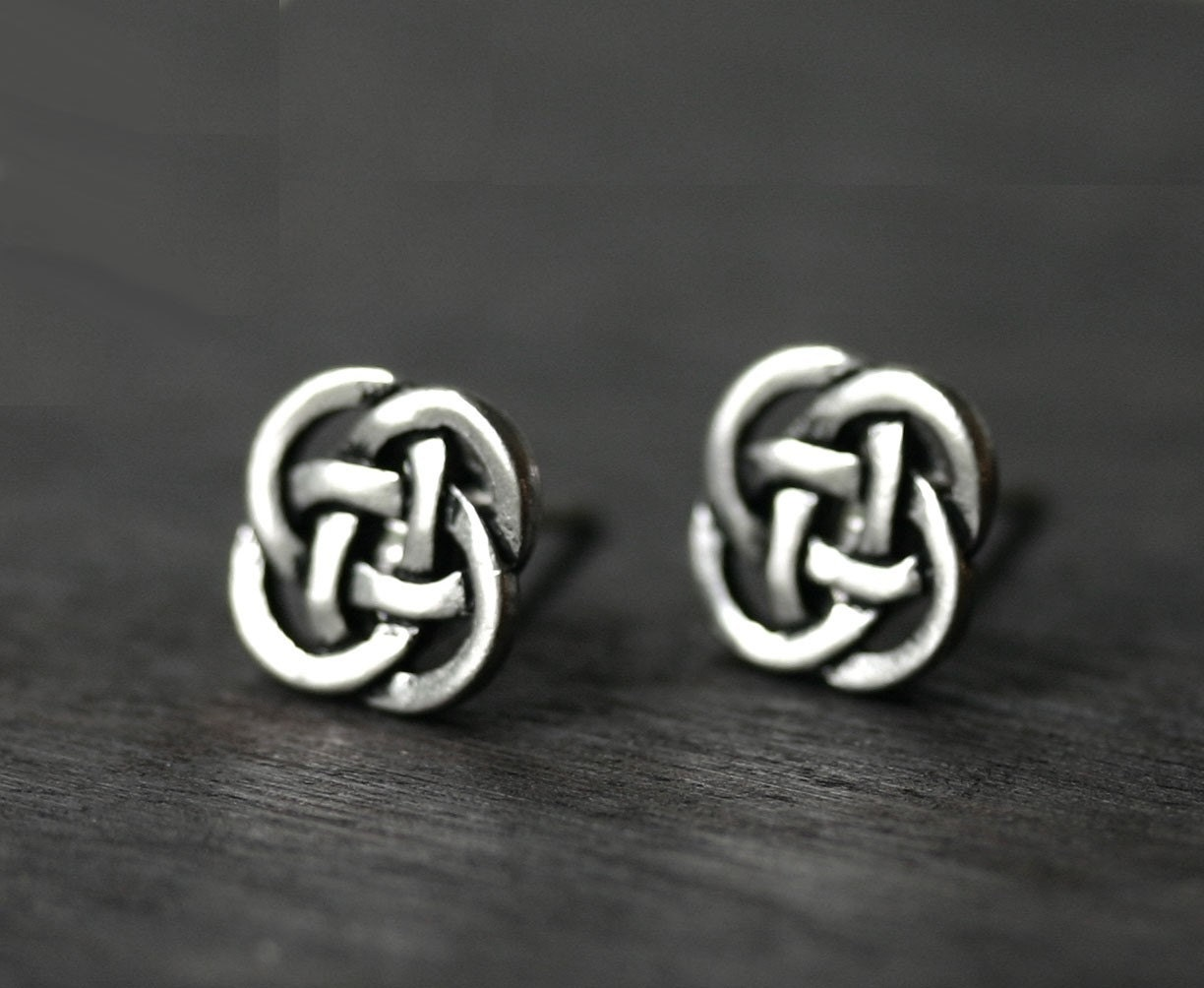 celtic knotwork earrings celtic earrings eternity knot studs 3182