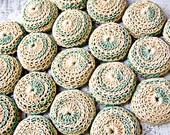 Vintage Bottle Cap Crochet Trivet / Hot Pad