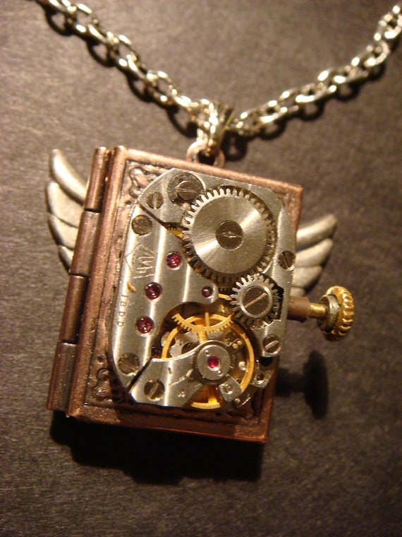 Steampunk Neo Victorian Watch Movement LOCKET Necklace with Wings (501)
