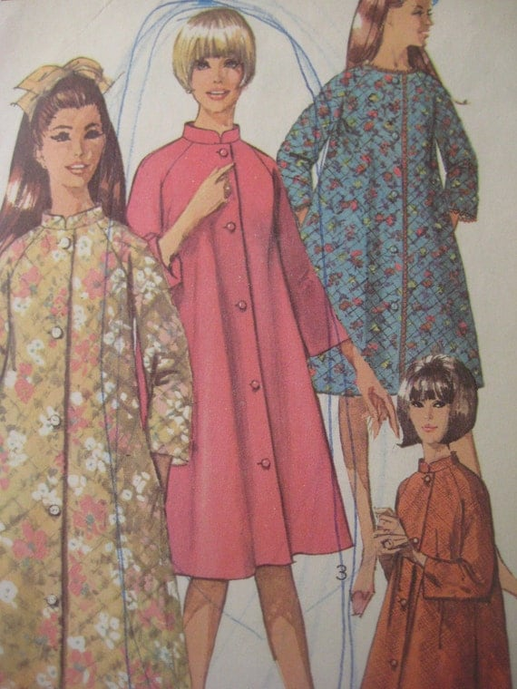 Vintage Simplicity 7362 Sewing Pattern, Robe Pattern, Bust 36 Inches, Vintage Size 16