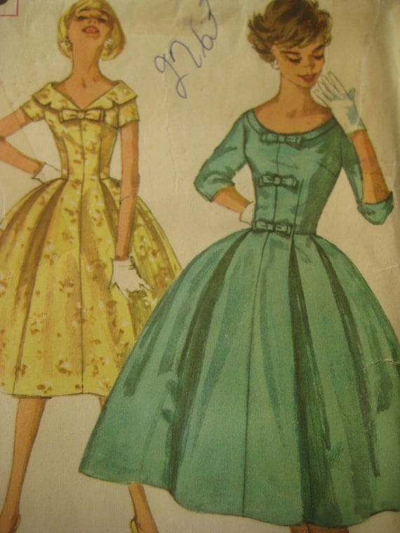 Vintage Simplicity 2763 Sewing Pattern, 1950s Dress Pattern, Flared Skirt, Bust 31 and a Half, Vintage Size 11