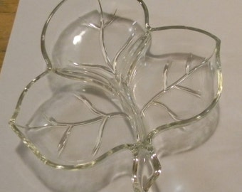 Vintage, Three Leaf Clover Candy Dish, Clear Glass, Nut Dish, 1960's, Serving Dish, Mints