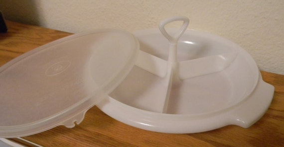 CHRISTMAS IN JULY/Vintage, Tupperware, Suzette, Relish Tray, Divided Tray, Triple Section Tray, white