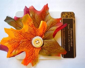 Harvest leaves hairclip with button accent