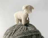 small small knitted SHEEP / made to order