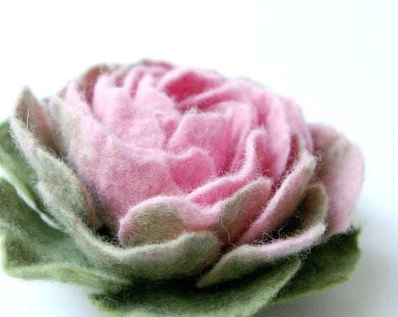 felted flower  SPRING  / made to order