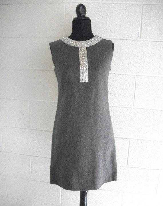 Vintage Sheath Dress Grey With Silver Pearls rhinestones 1960s Nelly de Grab