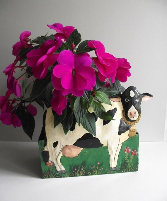 Vintage Cow Planter Container Metal Flower Box Wall Hanging